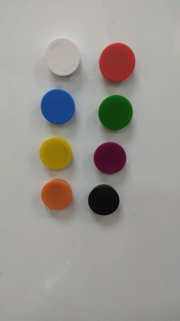 סט מגנטים צבעוניים